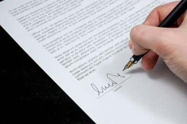 基本契約書と個別契約書